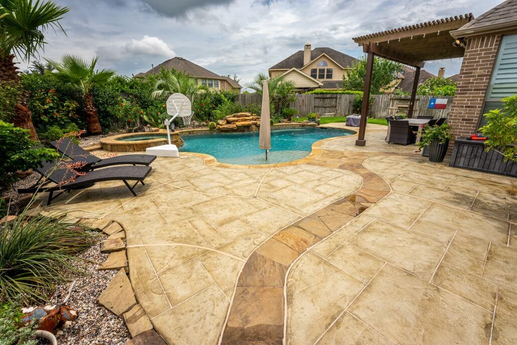 Allied Outdoor Solutions – After Carvestone Pool Deck