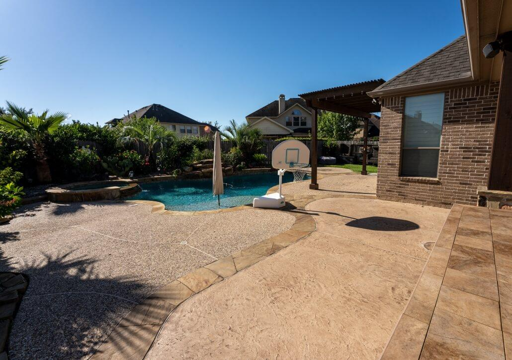 Allied Outdoor Solutions – Before Carvestone Pool Deck